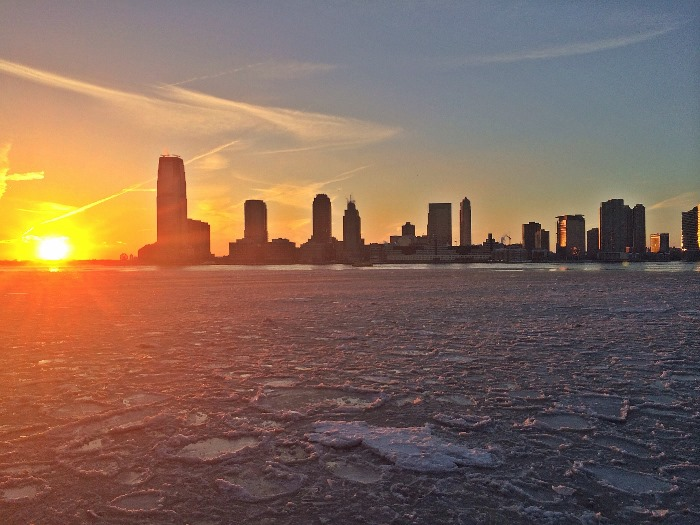 Polar Vortex nearly freezes over the Hudson River
