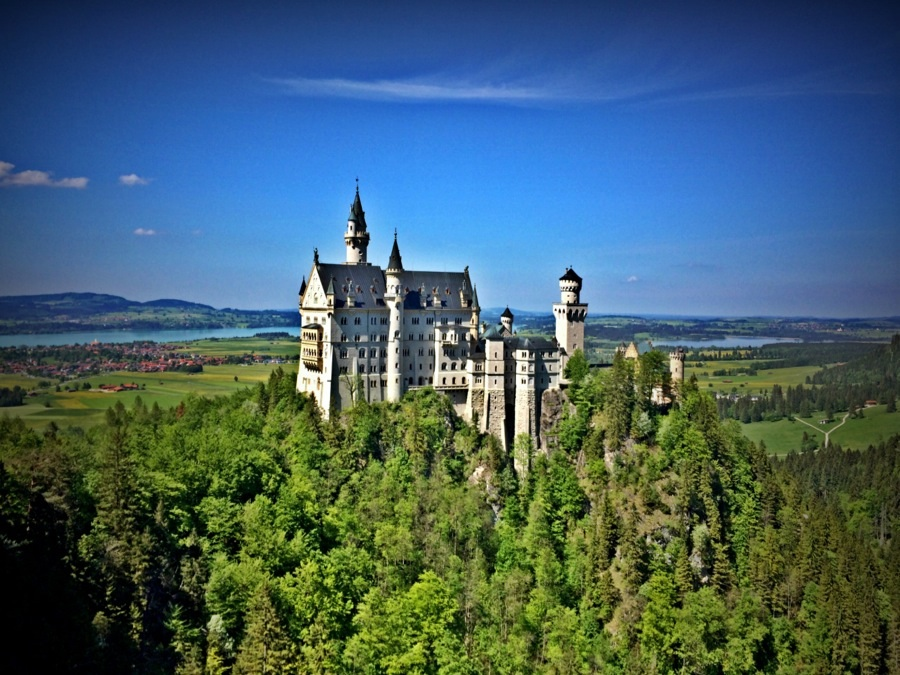 Neuschwanstein Castle (view from Mary's Bridge)